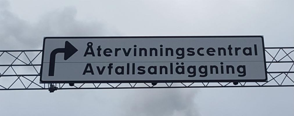 Vi transporterar och flyttar i Stockholm Mälarhöjden Skärholmen Huddinge Nacka Tyresö Danderyd Täby Spånga Bromma Farsta Djursholm Enebyberg Lidingö Enskede Järfälla Älvsjö